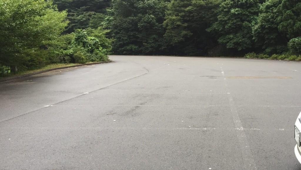 材木岩駐車場
