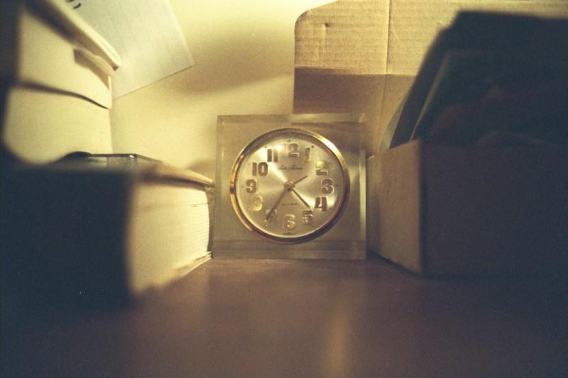 レトロな置時計