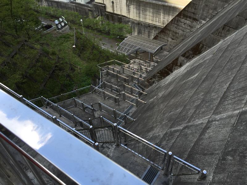 300段目あたりから見下ろした階段