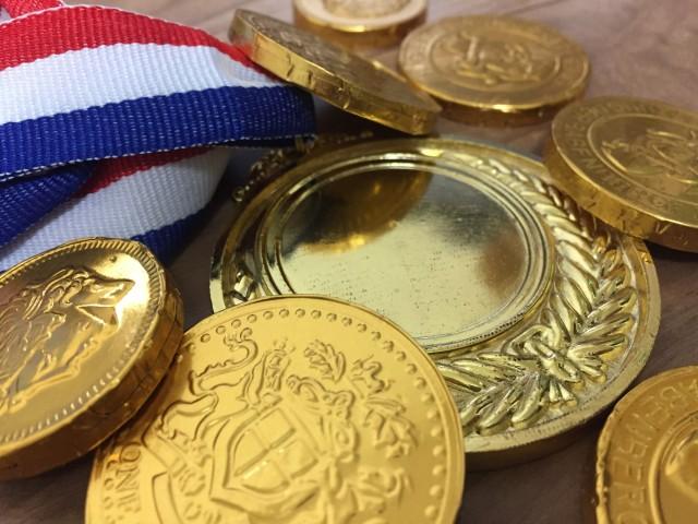 金メダルとチョコ